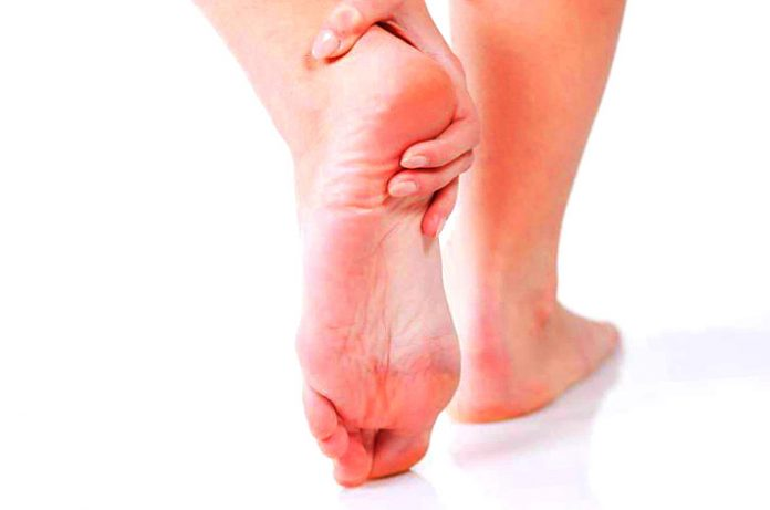 Doctor, Me duele el pie al caminar.